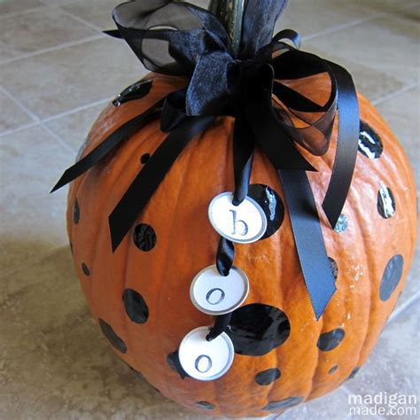 rantin ravin not your mama s pumpkin decorating