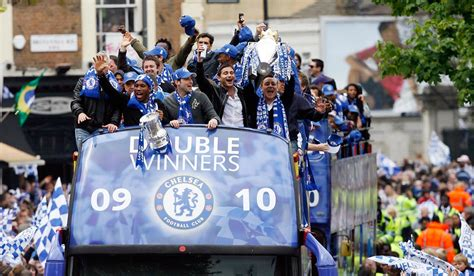 chelsea parade chelsea have cancelled their premier league victory parade