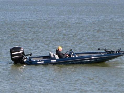swift bass boat history viewing a thread the new quot shadow quot bass boat built by
