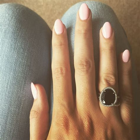 almond nails look of almond nails and baby pink almond nails beauty nailed it pinterest