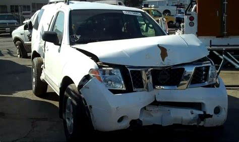 nissan pathfinder   subway truck parts  auto recycling