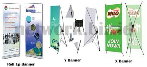 harga membuat x banner harga cetak display x banner roller banner roll up