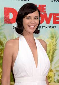 catherine bell catherine bell netflix s the do premiere 5 16 2016