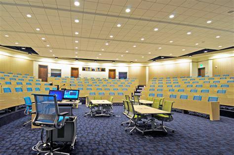 Deloitte Dallas Office by Deloitte Bakertriangle Portfolio Plaster