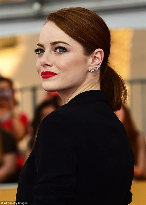 emma stone earrings emma stone shows off legs at the sag awards shoes post