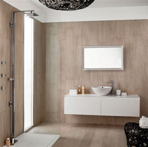 piastrelle bagno gres porcellanato gres effetto legno per bagno idee per la casa