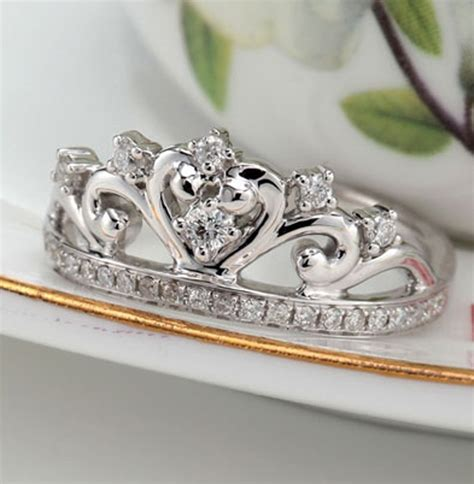 princess crown ring www imgkid the image