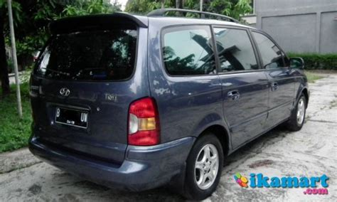 Kas Kopling Mobil Hyundai Trajet jual hyundai trajet 2 0 gls cbu 2001 depok mobil