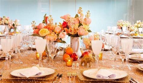 imagenes de centros de mesa para matrimonios con botellas fotos de centros de mesa para boda sencillas y elegantes