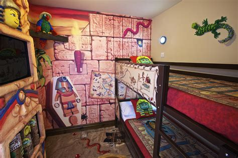 Legoland Hotel Rooms by Calif Legoland Hotel Opens Brick Doors To Reservations Cnet