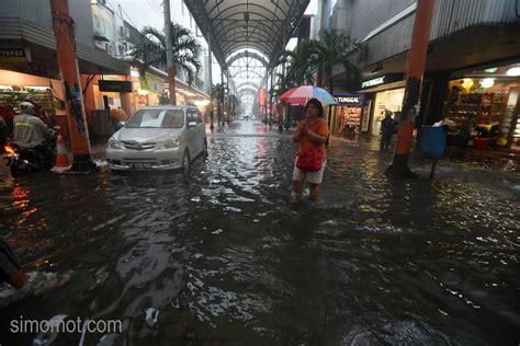 detiknews jakarta banjir daftar lengkap titik banjir jakarta dan ketinggian airnya
