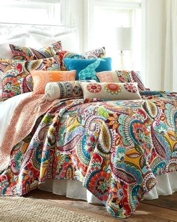 luxury quilts and coverlets paisley quilts and coverlets co nnect me