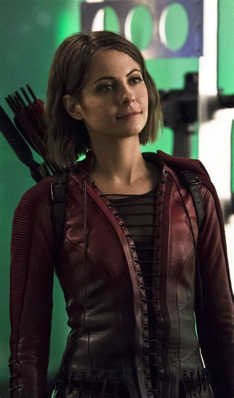 willa holland hair style in arrow 25 best ideas about thea queen on pinterest willa