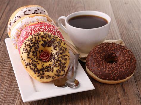 Dunkin' Brands Group, Inc. (NASDAQ:DNKN), Krispy Kreme Doughnuts, Inc. (NYSE:KKD)   Coffee and