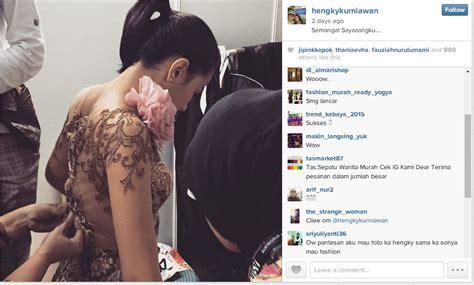 Kebaya Putri Sovya Brokat sonya calon istri hengky kurniawan fitting gaun pengantin kapanlagi