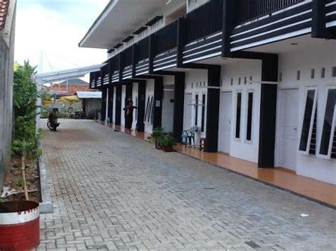 Sabut Kelapa By San House sewa rumah di ciputat per bulan