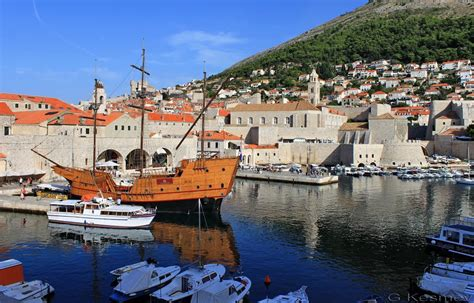 old town boats panoramio photo of dubrovnik old town boats cruise