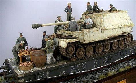 Tangki Model Glatik ferdinand on rail diorama ferdinand