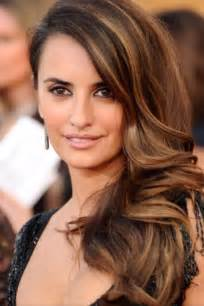 highlight colors for brown hair trendy highlights for hair 2017 new haircuts to