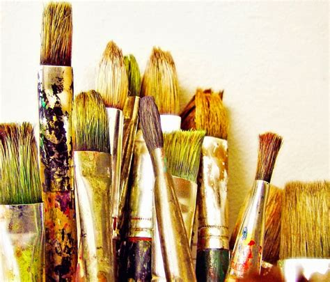brush painting painting tools of the trade brushes a beginners guide