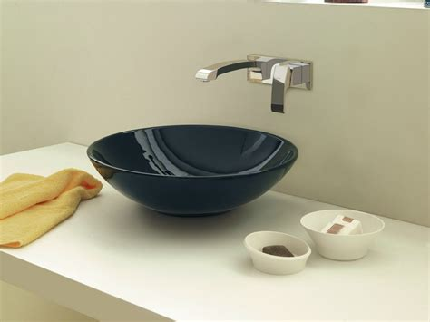 designer badezimmerarmaturen elegante badarmaturen 10 stilvolle wasserhahn kollektionen