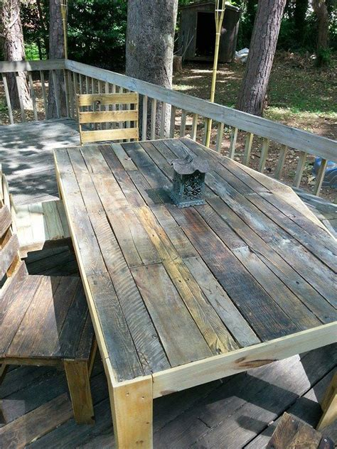 pallets patio deck and furniture pallet ideas recycled
