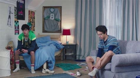 febreze commercial actress karl s room febreze super bowl 2016 tv commercial does your bedroom