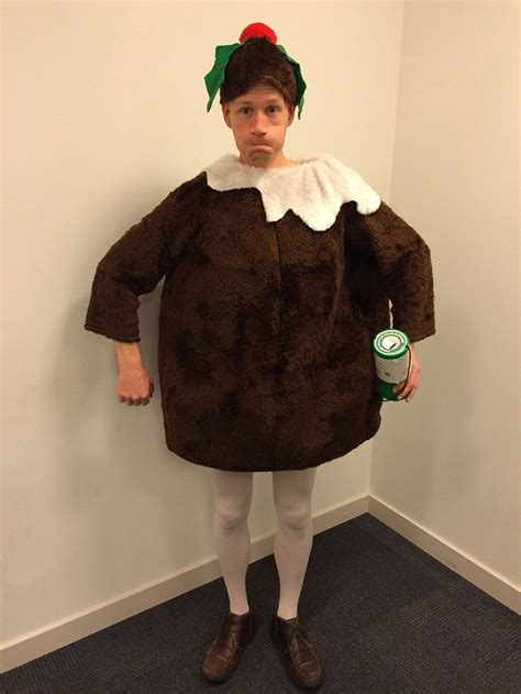 crazy christmas dresses saul duck wears a different festive fancy dress every day daily mail