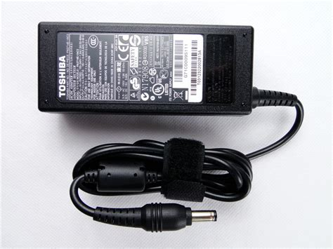 Adaptor Charger Original Toshiba 19v 3 42a For L630 L635 L740 L730 1 genuine original toshiba adp 65jh bb 19v 3 42a 65w ac power supply charger
