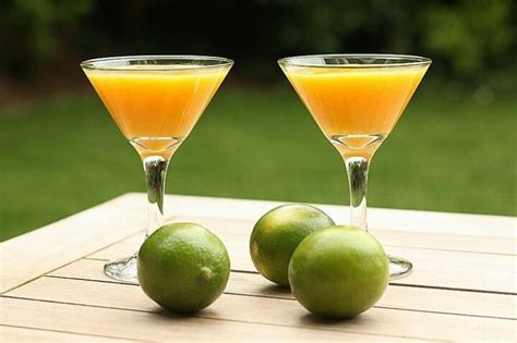 martini mango refreshing mango martini taste the islands