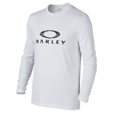 Oaklay Sleeve Tshirt oakley mens surf sleeve t shirt golfonline