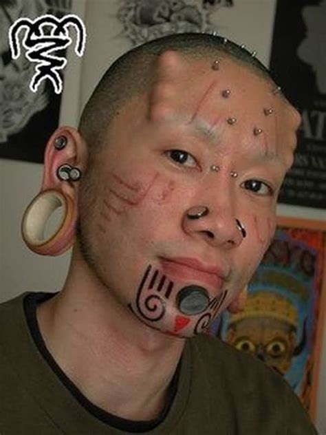 extreme tattoos piercing and tattoos on