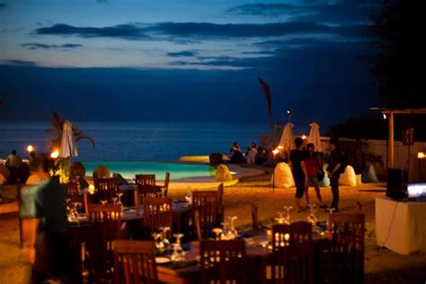 Bali Cliff Top Bar by 12 Unique Bars In Bali Where You Ll Experience Nightlife