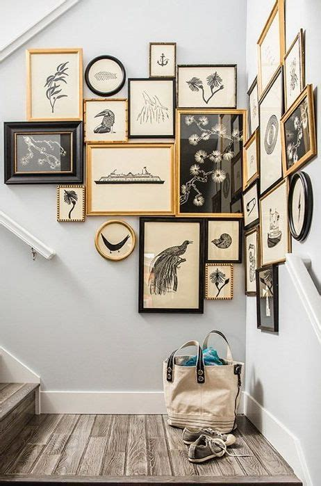 how to decorate a corner wall 25 best ideas about stair landing decor on pinterest