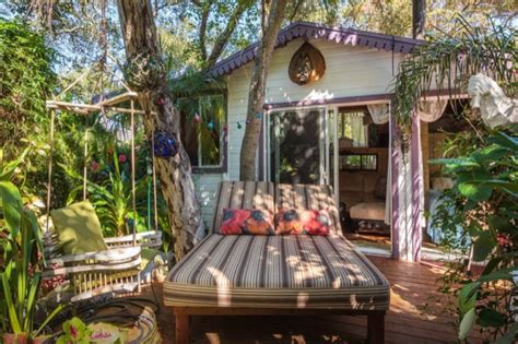 tropical tiny house  california