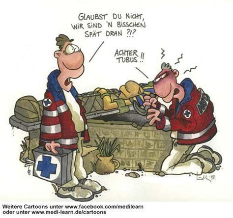 Motorradfahren R Ckenschmerzen by Zu Spaet Rd Helfer Zeichentrick Und Medizin