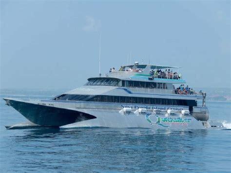 paket wisata bali  hari  malam quicksilver cruise