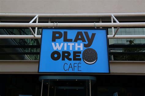 Play Store Oreo Shelf Mondelēz Sa Still With Pop Up Stores