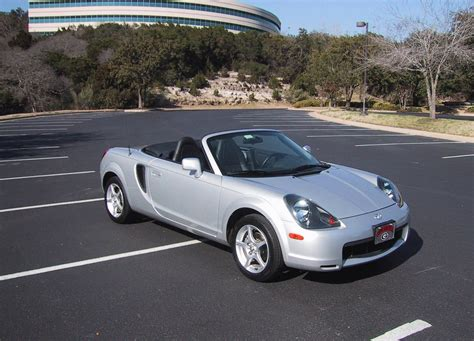 Toyota Mr2 Spyder Review 2000 2005 Toyota Mr2 Spyder Picture 16165 Car Review