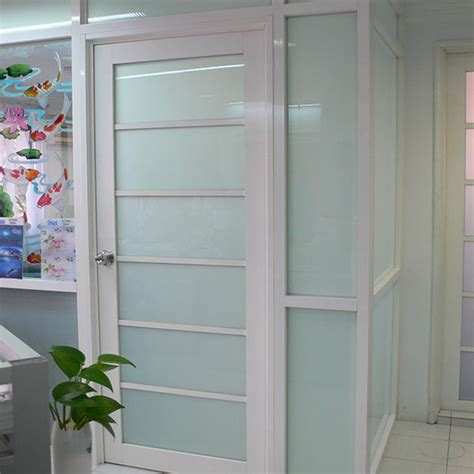 film petualangan di gedung 1000 pintu stiker kaca kamar mandi dan toilet stiker kaca dan kaca