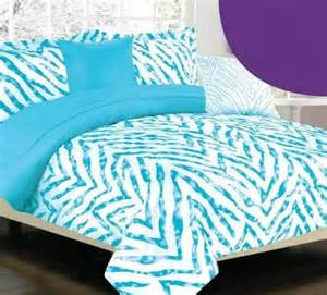Really awesome blue zebra bedding sets