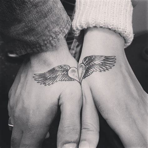 hand tattoo designs for couples 20 cute boyfriend and girlfriend tattoos sheideas