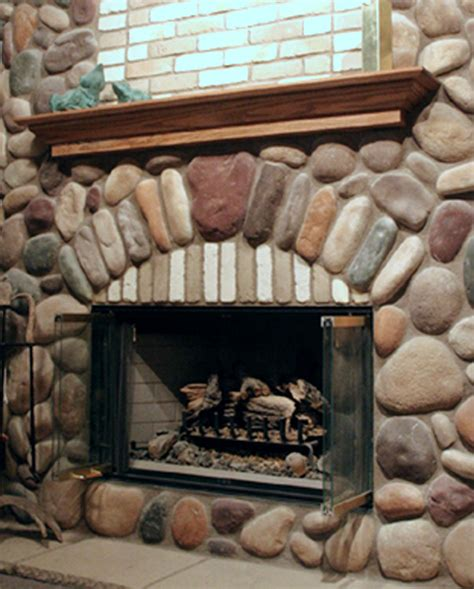 River Rock Veneer Fireplace by River Rock Fireplace Designs Fireplace Design Ideas