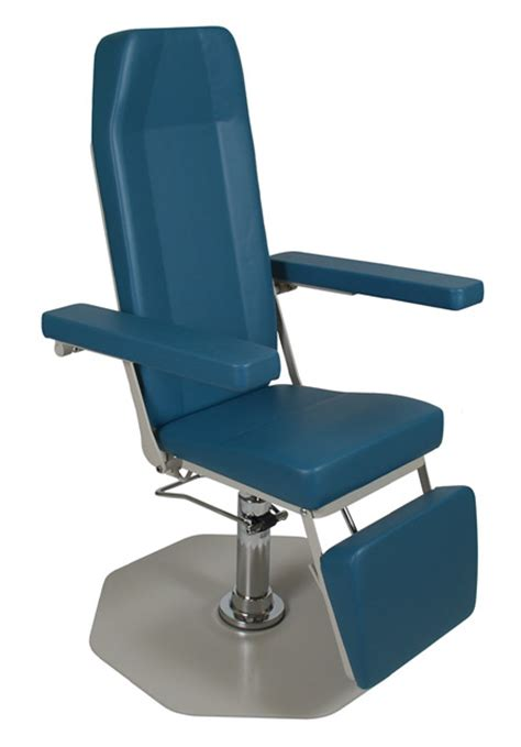 Reclining Phlebotomy Chair by Blood Draw Drawing Phlebotomy Chairs Bariatric Wide Reclining