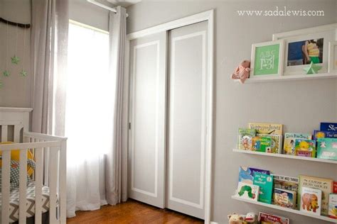 Painting Sliding Closet Doors Sliding Closet Doors Painted Paint Closet Doors Trim Color With Only Center Panels Wall Color