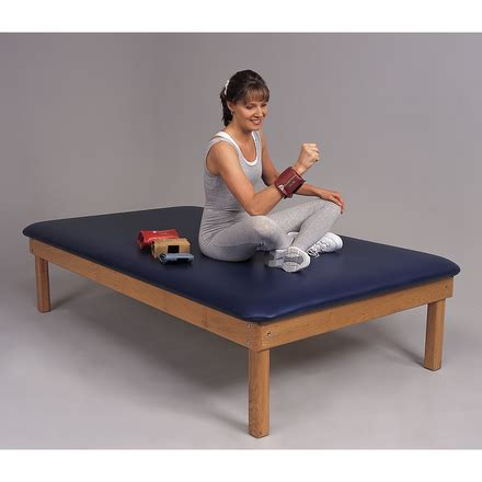 therapy treatment tables dynatronics deluxe premium oak treatment table
