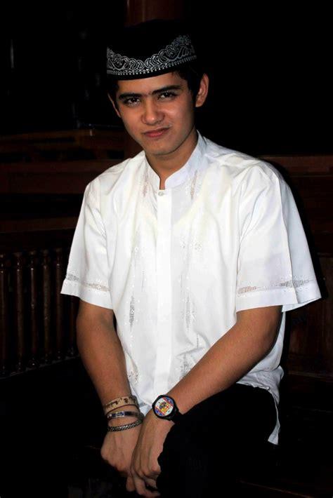 Baju Koko Pria Warna Putih Terbaru Diskon gaya baju koko si ganteng aliando syarief foto 3