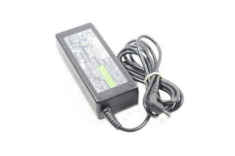 Adaptor Charger Laptop Sony Vaio 19 5v 3 9a Original 100 6 0mm sony vaio 19 5v 3 9a laptop ac adapter power supply vgp ac19v37