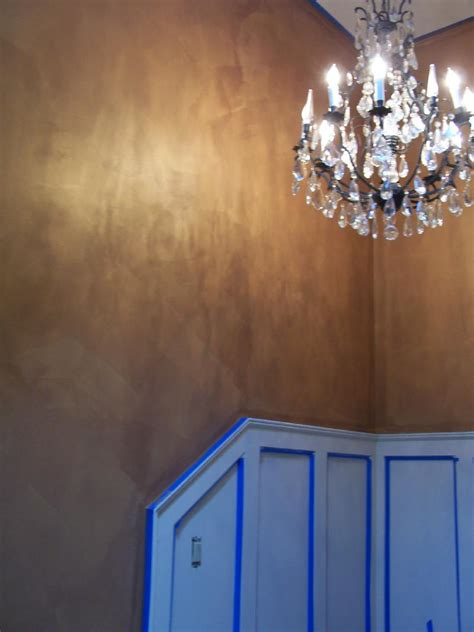 Wallpaper That Looks Like Wainscoting by Wallpaper That Looks Like Paneling Wallpapersafari