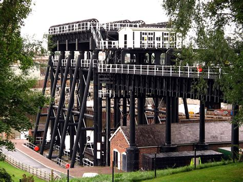 anderton boat lift pictures opinions on anderton boat lift